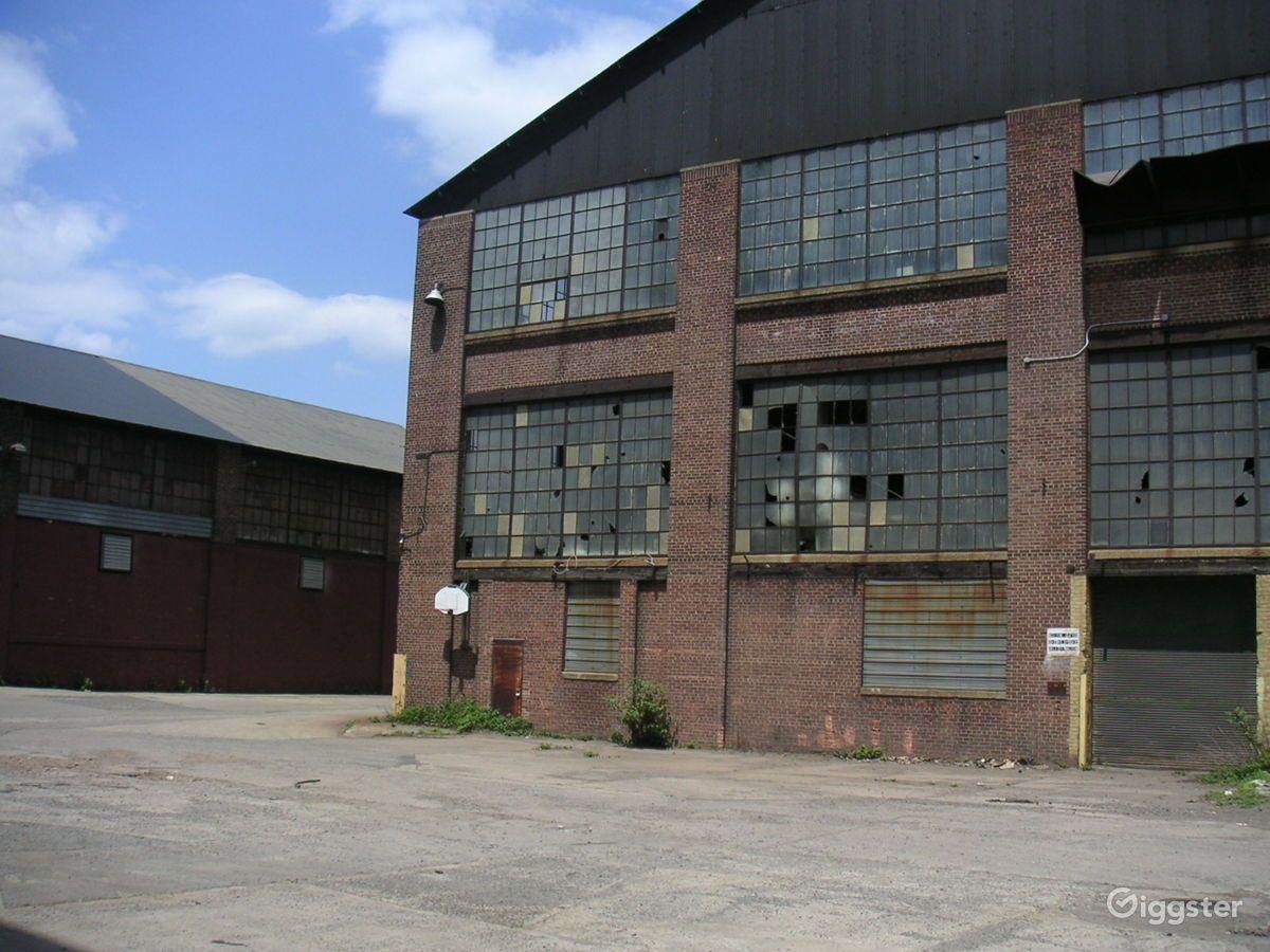 Abandoned_Warehouse_New_York