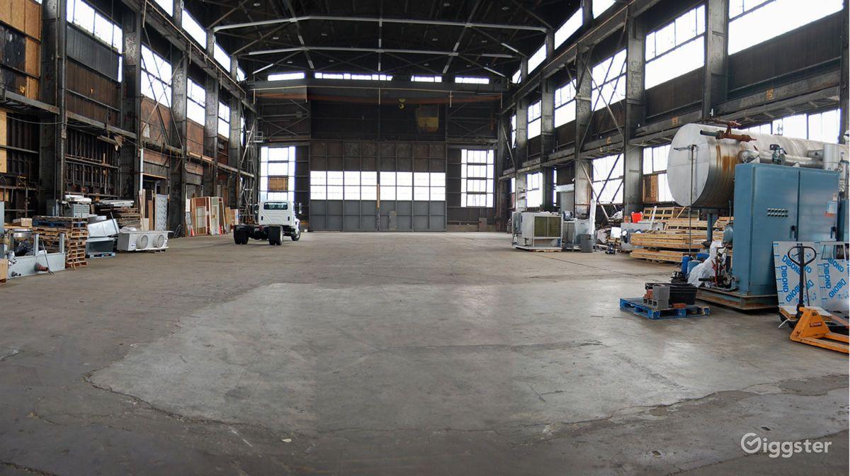Column_Free_Warehouse_Riverfront_New_York