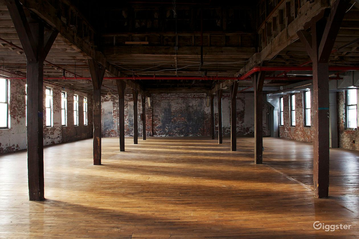 Greenpoint_Warehouse_New_York